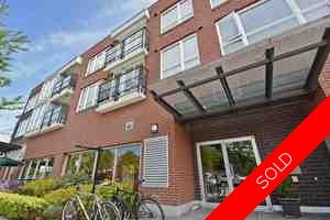 Kitsilano Condo for sale: Black Swan Building 1 bedroom
