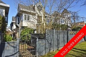Unique Detached Split Level 1/2 Duplex!